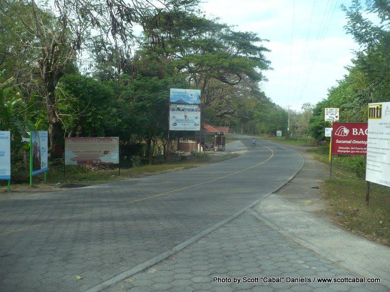 The road around Ometepe Island